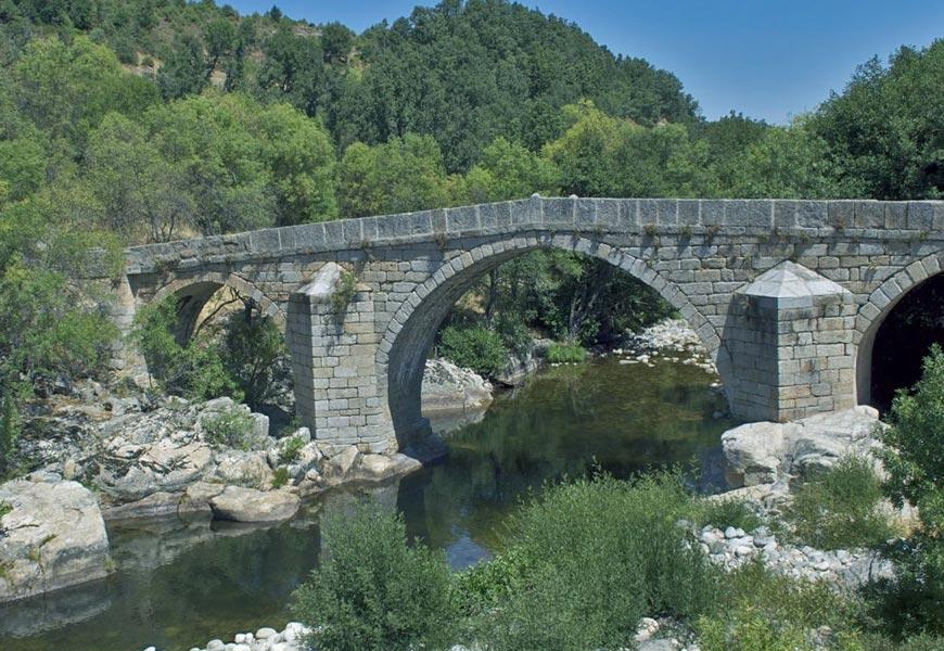 Puente Romano - Casa rural El Rincón Secreto de Gredos